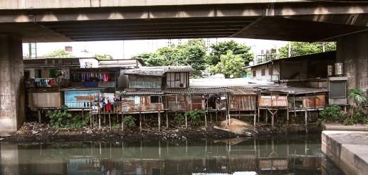 klong_toey_slum_bangkok